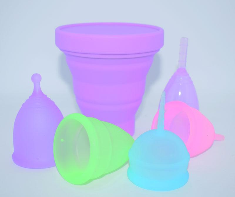 cupa menstruala si pahar sterilizare